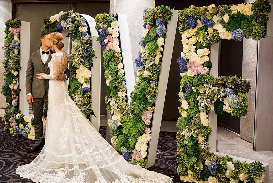 Ways to Bring The Outdoors Inside For Your Wedding Reception
